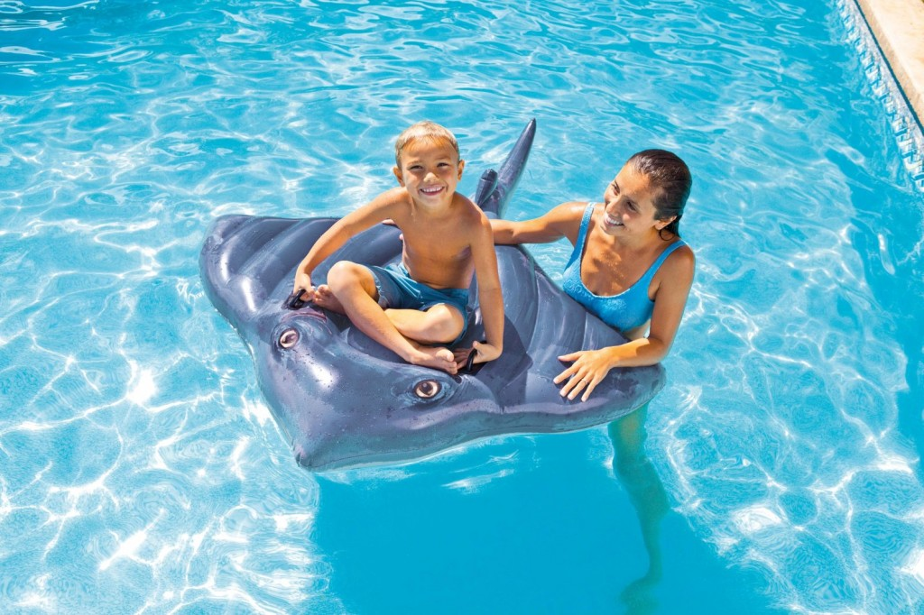 Swimming Pool Discountersstingray Ride On 16 99