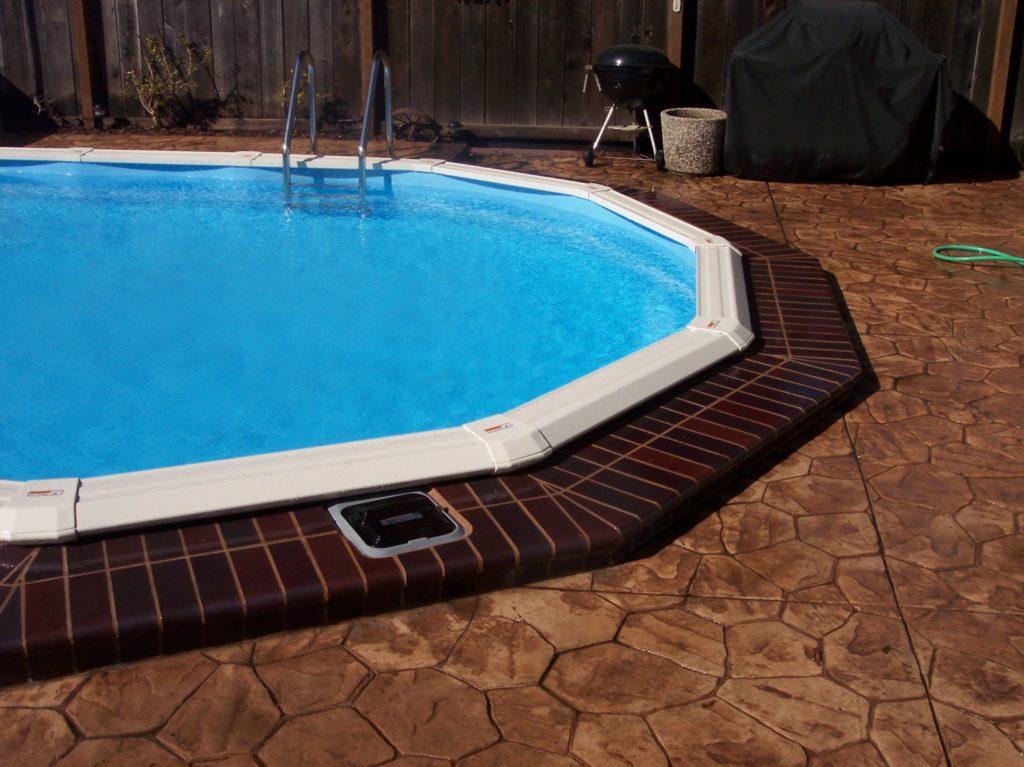 Swimming pool discounters2018 18 39 x39 39 x52 lomart no brace for Above swimming pools